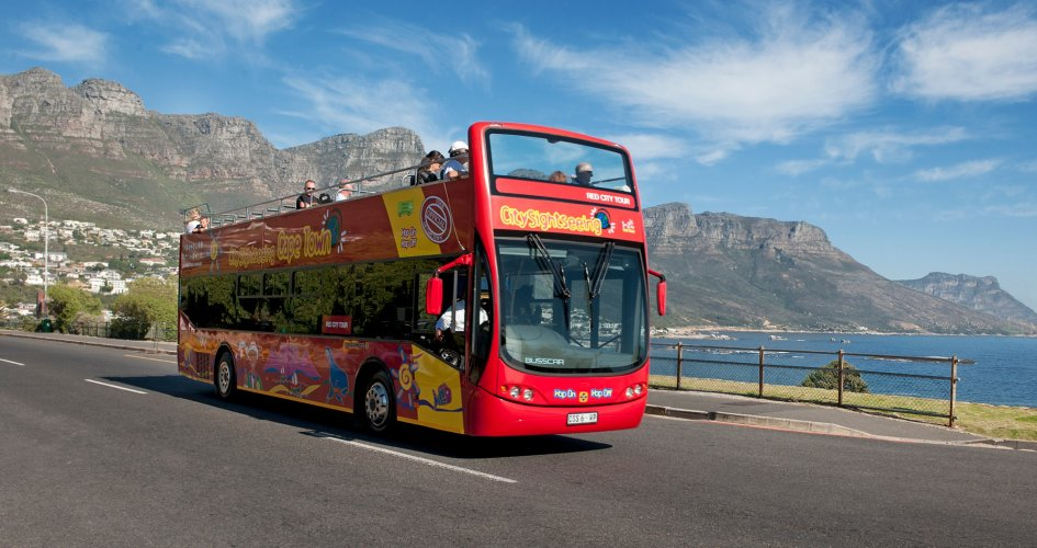 CPT_bus_with_12_apostles_background_945_500_85_s_c1_c_c